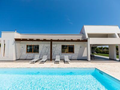 Photo for Modern Design Villa - private pool - Polignano a Mare