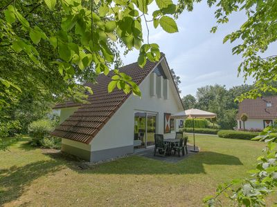 Photo for 6-person bungalow in the holiday park Landal Landgoed Aerwinkel - rural location