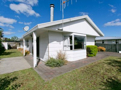 Photo for Taupo Central - Taupo Holiday Home