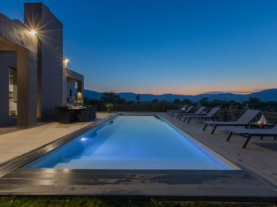 Photo for Luxury villa with 6 bedrooms and private pool