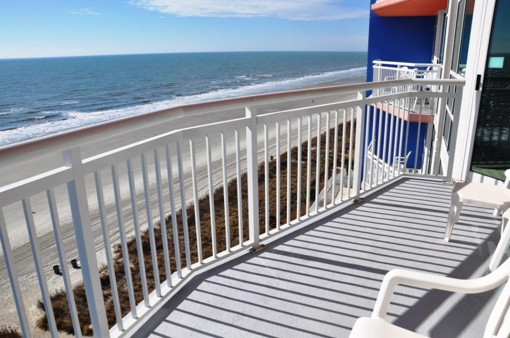 Two Bedroom Oceanfront Condo With Great Amenities Cherry