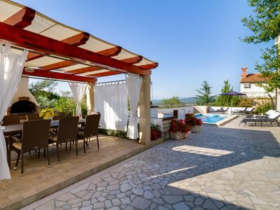 Photo for Beautifully furnished villa with private pool, air conditioning, WiFi, barbecue, darts and great panoramic views