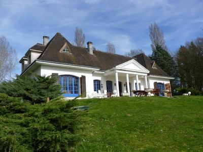 Photo for Villa of the Grand Sancerrois, swimming pool and park of 2 hectares near Sancerre & Loire