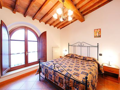Photo for Apartment Le Buche in Castellina in Chianti - 4 persons, 1 bedrooms