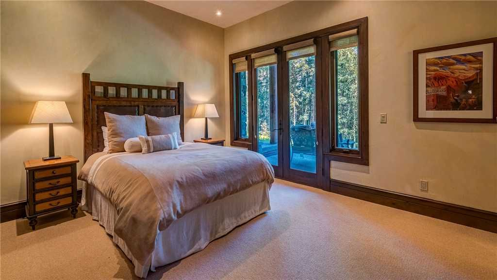 Townhome on the Creek 135: 4 BR / 3.5 BA town home in Mountain Village, Sleeps 9