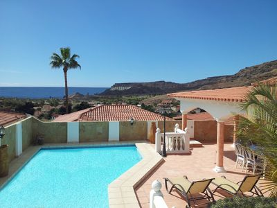Photo for Amazing villa with private heated pool,Beach,Golf Course.12 people