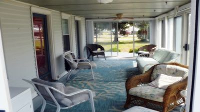 Looking for a quiet waterfront cottage for 5 for a day, a week or longer?