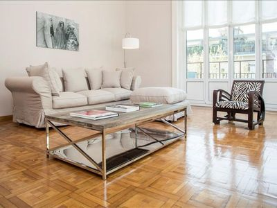 Photo for Spacious Bandello apartment in Centro Storico with WiFi, integrated air conditioning, balcony & lif…