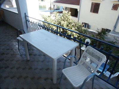 Photo for Two bedroom apartment with terrace and sea view Tisno (Murter)
