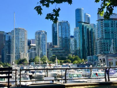 Photo for Modern, Very Clean,  Prime Downtown Waterfront Gorgeous View
