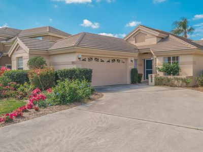 Photo for Luxurious and Bright Single Family Home in Quail Creek Village