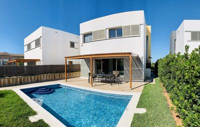 Photo for Amazing Family house with private pool. Close to the unspoiled Southern beaches