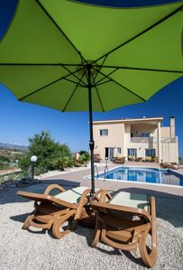 Photo for The Roost Villa. Private grounds & with large pool & stunning mountain views