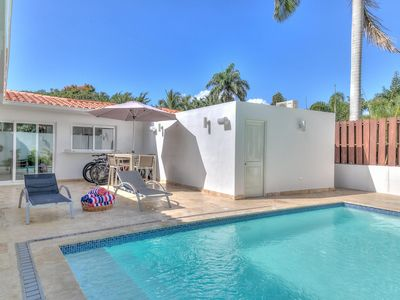 Photo for Beautiful and Relaxing Villa, Golf Views, Lap Pool and Sun Loungers, Concierge Service, WiFi