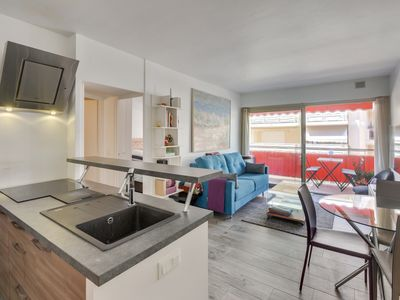 Photo for 4 people apartment Cannes Pointe Croisette by Weekome