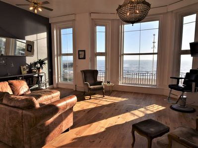 Stunning viewsfromthis property by the sea