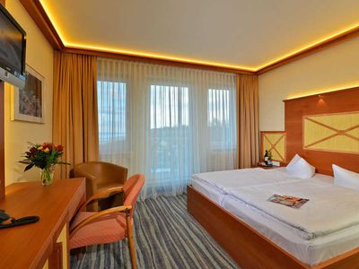 Photo for Standard Double Room with Balcony - Strandhotel Seerose Kölpinsee