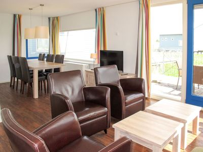 Photo for Beautiful apartment for 6 guests with WIFI, TV, pets allowed and parking