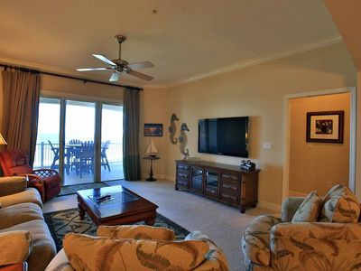Photo for Cinnamon Beach 642 - Impeccably maintained 4th floor Oceanfront beauty!