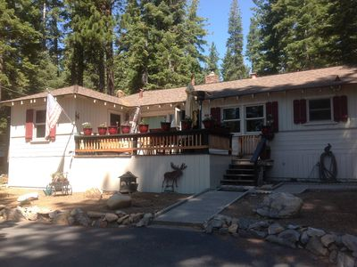 Photo for Dog friendly  wi-fi , 3BR 2BA Sleeps 7 Close to snow skiing and swimming