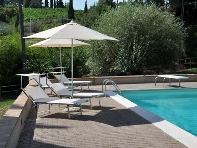 Photo for Villa Vineyard  apartment in San Gimignano with WiFi, private terrace, private garden & balcony.