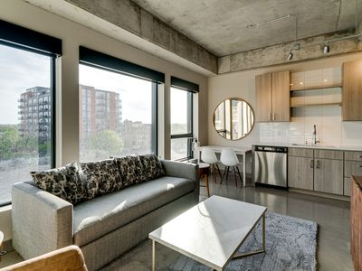 Photo for 1BR Corporate Apartment Vacation Rental in Minneapolis, Minnesota