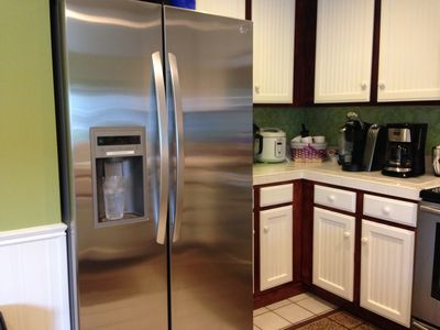 New refrigerator with filtered ice and water