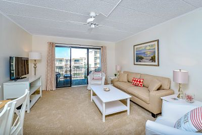 Photo for Experience your vacation in this spacious one bedroom condo with an ocean view.