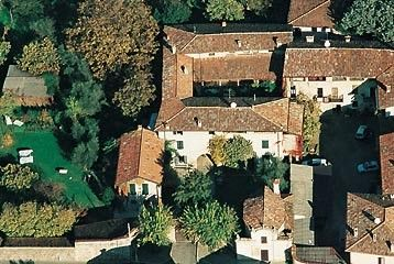 Le Chiusure, a typical three century old country house