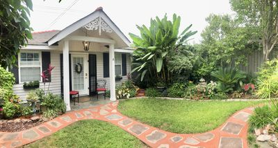 Private separate guest cottage. Beautifully landscaped gated courtyard setting.