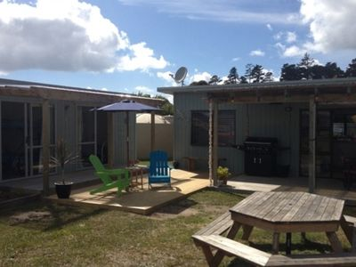 Photo for Lees Retreat - sunny and fenced with large flat lawn