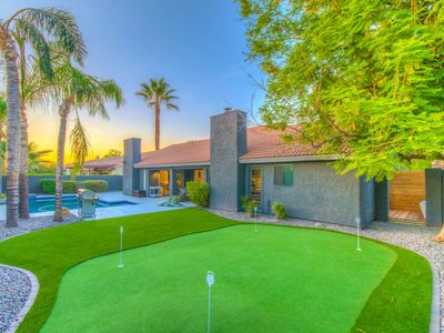 Photo for Private Pool. Putting Green. Modern Decor. Pool Table. BBQ.