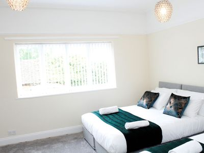 Photo for Luxury Corporate and Leisure Let with Parking