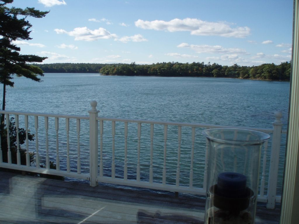 High Tide Wof Neck State Park. Spacious 4 bedroom waterfront home on      HomeAway Freeport