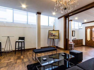 Photo for Fabulous stay in stylish Townhouse – Bangkok Downtown