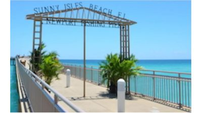 Photo for Sunny Isles Beach Miami-Luxurious Apartment Oceanfront