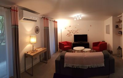 Photo for Apartment T3 luxury 4 stars, quietly located in the center of Blagnac