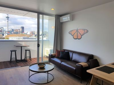 Photo for Apartment with Sweeping City Views