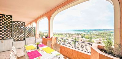 Photo for Bright Apartments Padenghe - Chateau lake View