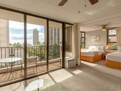 Photo for Block to Beach! Koko Resorts at the Waikiki Banyan 8th Floor Garden View