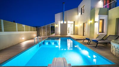 Photo for Luxury, Private, Spacious Villa with private gym, just 8km from Rethymno city!
