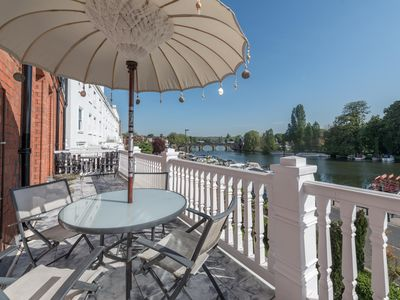 Photo for Henley Apartment. Large balcony. Stunning river views!