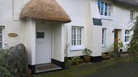Idyllic and peaceful stay in a wonderfully comfortable and spacious historic country cottage.