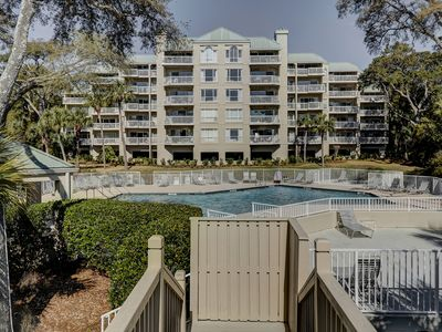 Photo for 208 Barrington-Gorgeous 2BR/2BA in Palmetto Dunes! Sleeps 8! Updated! Complex Pool.