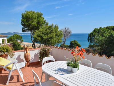 Photo for Apartment with sea views 500 meters from the beach. 6 people.