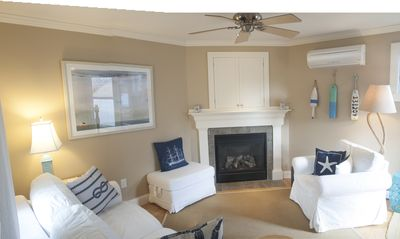 Photo for 2-Bdrm, Parking, Fire Place, Outdoor Space, Close to everything.