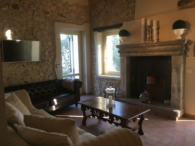 Photo for Beautiful cottage with stunning views of the Gulf of Salò- Glicine apartment