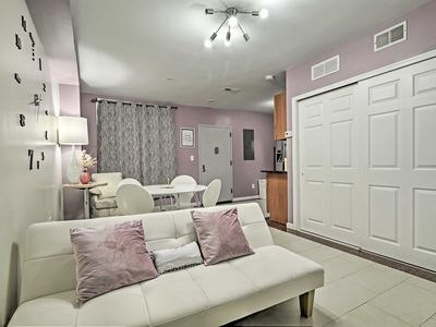 Photo for 1BR Condo Vacation Rental in Philadelphia, Pennsylvania