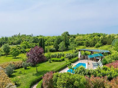Photo for Beautiful private villa with WIFI, A/C, private pool, TV, washing machine, pets allowed and parki...
