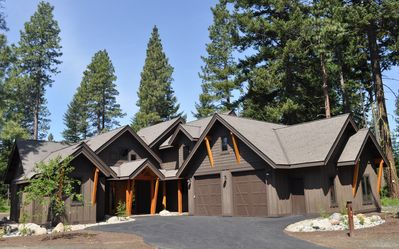 Photo for PRIME Suncadia Home with 3 Bedrooms & Sleeping Den, Hot Tub & Golf View
